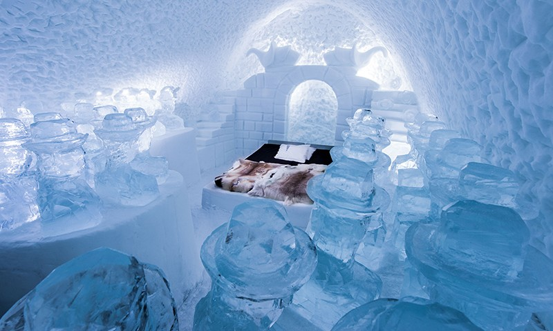 lit glace hotel