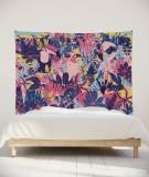 tenture-murale-L-lit-180-rose-violet-bleu-morgane-bezou-faune