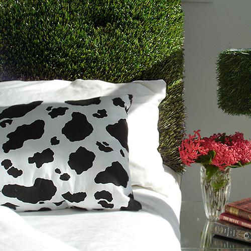 insolite la t te de lit comme vous ne l 39 avez jamais vue. Black Bedroom Furniture Sets. Home Design Ideas