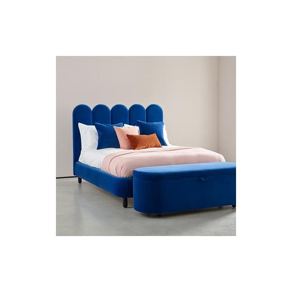Tendance déco: la tête de lit en velours pour une décoration de chambre douce et cosy